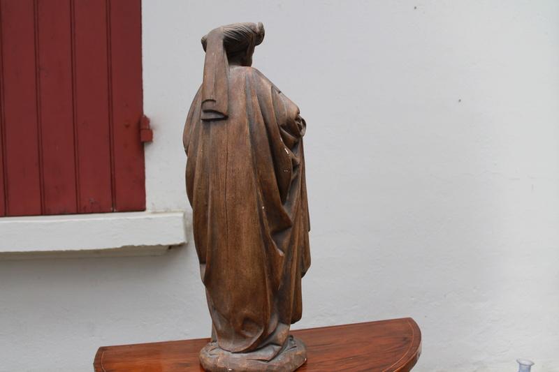 Sculpture femme identification cachet  Img_2711
