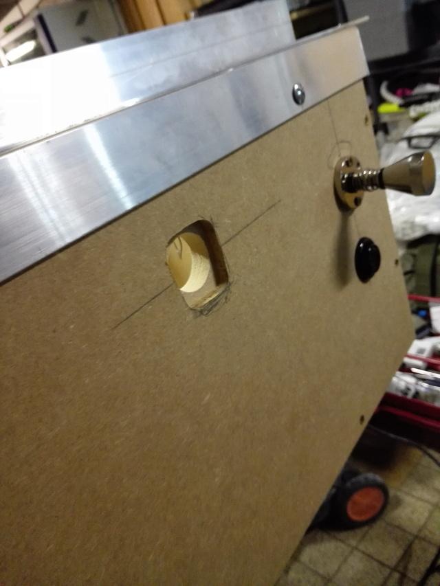 [WIP] Mini Pincab de Freez - Page 2 Img_2027