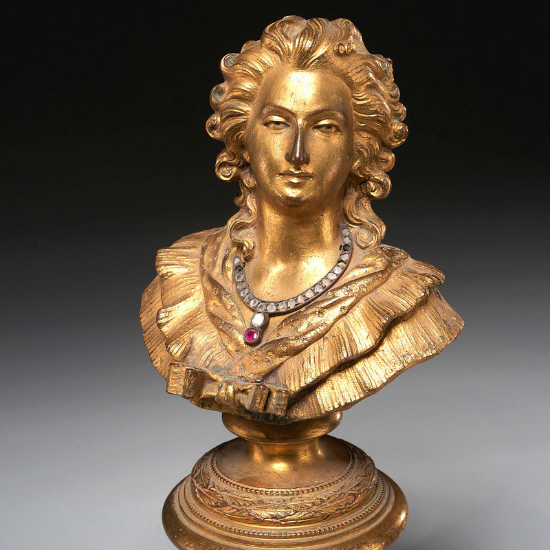 A vendre: Louis XVI et Marie Antoinette - Page 5 3070_510