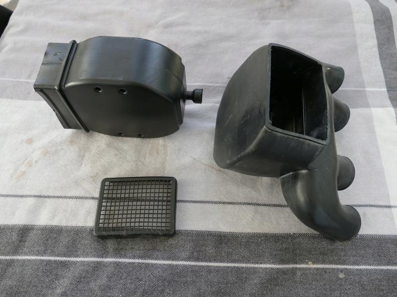 Boitier filtre à air  P1090619