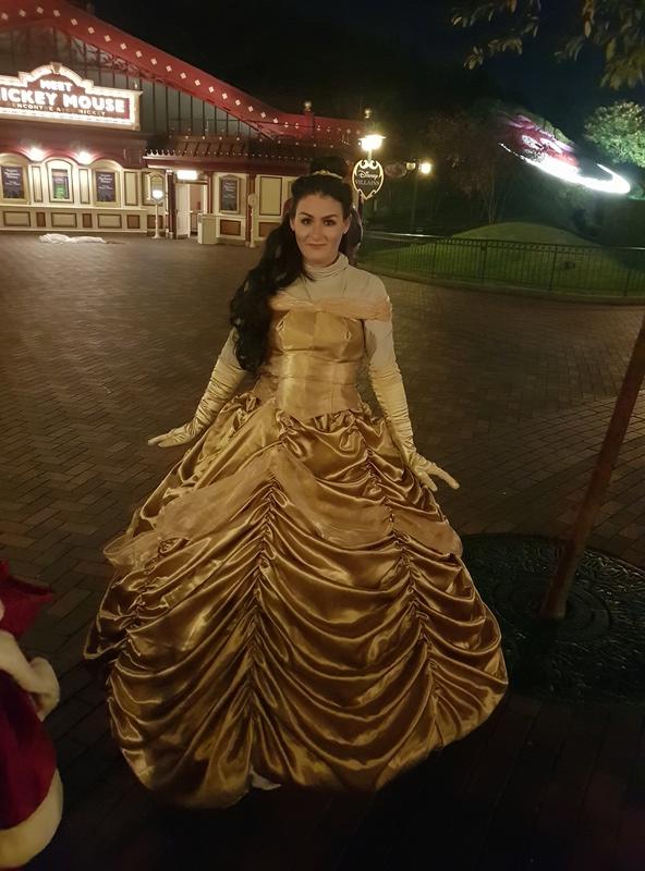 [Costumes] Robes de Princesses et tenues de Princes - Page 24 20171011
