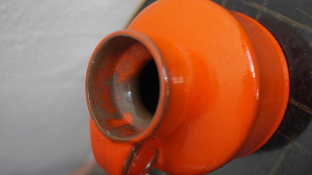 Orange West (or East?) German vase/jug - Gräflich Ortenburgsche, Tambach P1150611