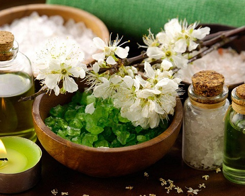 Le sel parfumé dans la magie Produc10