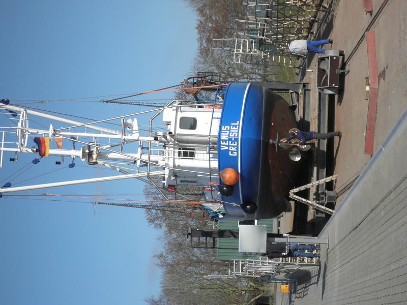 Auf der Elbe ist immer was los. P3130114