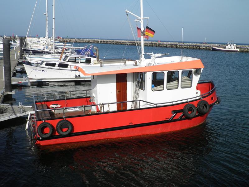 Auf der Elbe ist immer was los. P3280011
