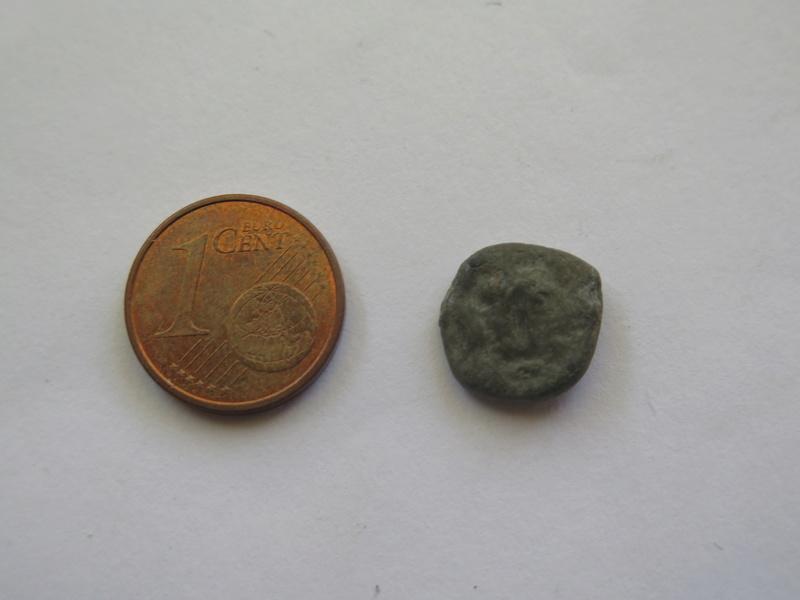 Moneda o sello de plomo? Img_1424