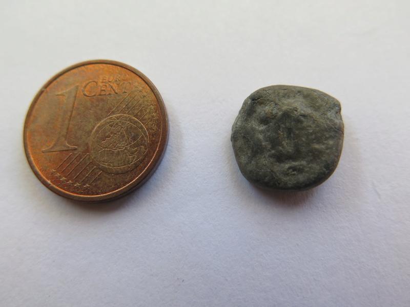 Moneda o sello de plomo? Img_1425