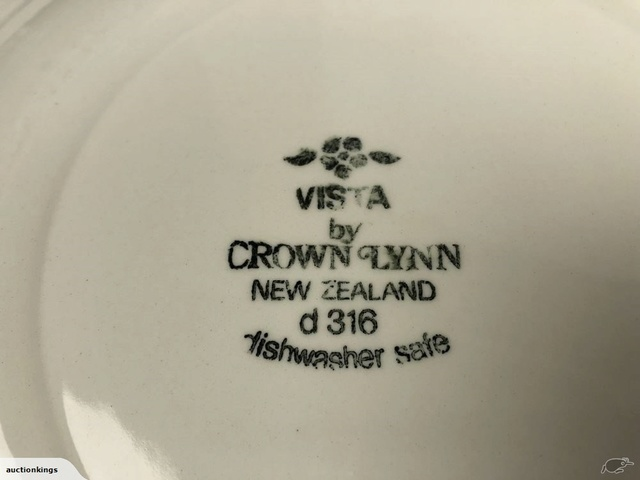 Crown Lynn - Vista 77796910