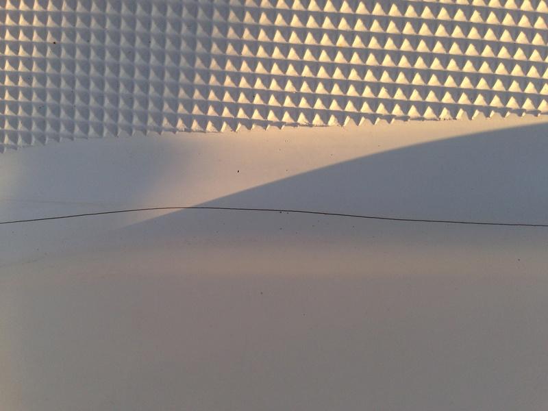 Gelcoat blanc Beneteau pour retouches Img_9711