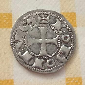 Nouveau Denier du Comté d'Angoulème au nom de Louis IV d'Outremer. 11a18