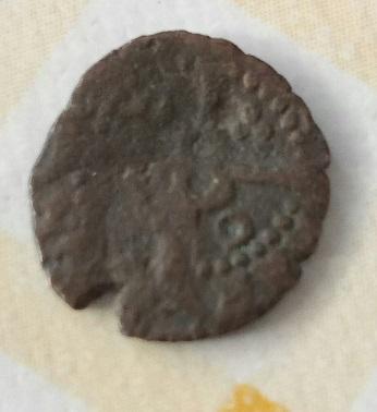 """Moneda muy pequeña de Barcelona con contramarca """" B """" . 1218"""