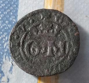 G. M couronné et casque avec dragon, mauvaise condition. 1427
