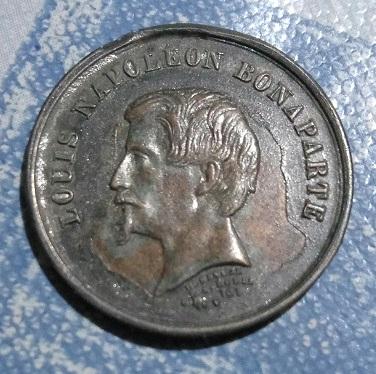 Nueva medalla de Luis Napoleón Bonaparte de la Villa de París  148