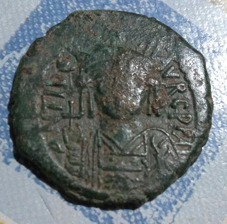 Follis pour Mauricie Tiberie, atelier Constantinople ... 269