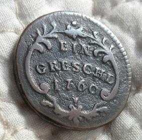 1760 moneda con tres escudos 3a22