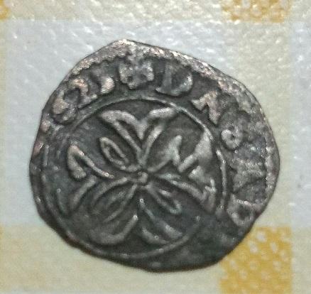 1625 M couronné et trois fleurs de lis 3a32