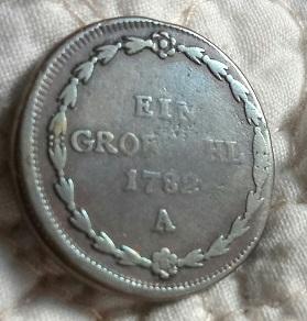 Escudo de armas y 1782 625