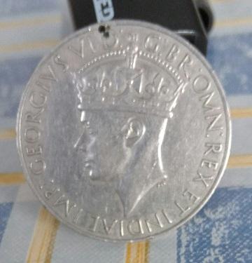 Médaille de guerre britannique 1939-1945 ... George VI ... 731