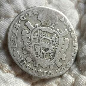 León  y escudo de armas  8a20