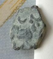 Exagonale, visage et taureau-lune 8a56