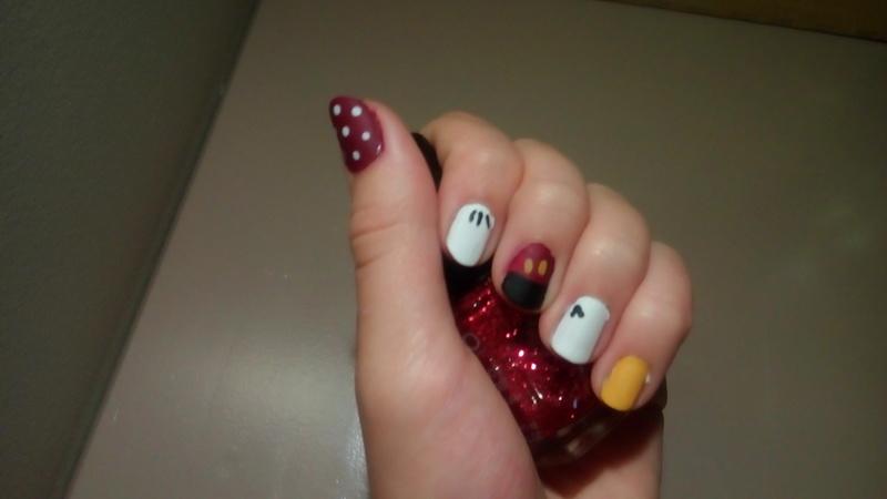 Un peu de Nail Art Disney... Img_2010