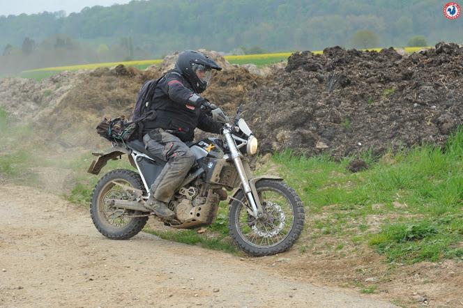Vos plus belles photos de motos - Page 30 0526_210