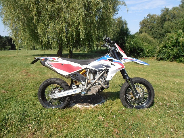 La BMW G 650 Xcountry selon Eric du 77  Gx_45011