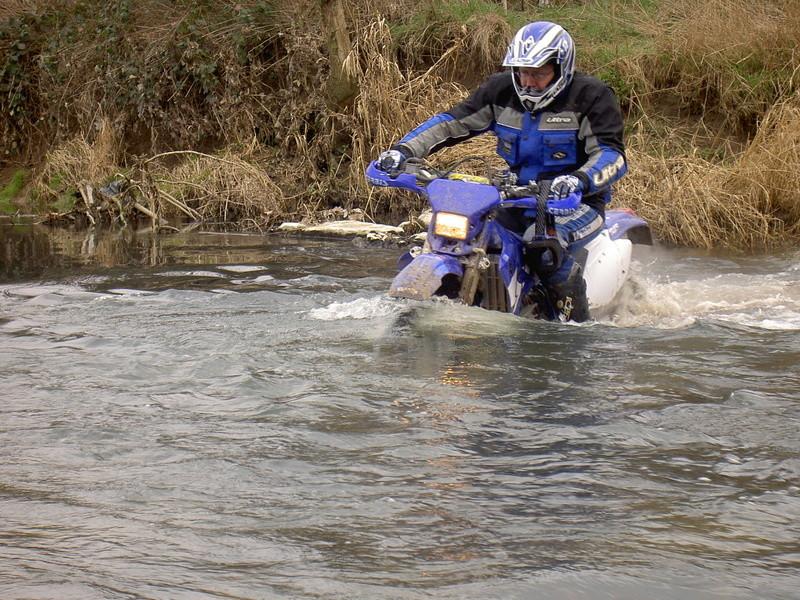 Vos plus belles photos de motos - Page 30 Pict0610