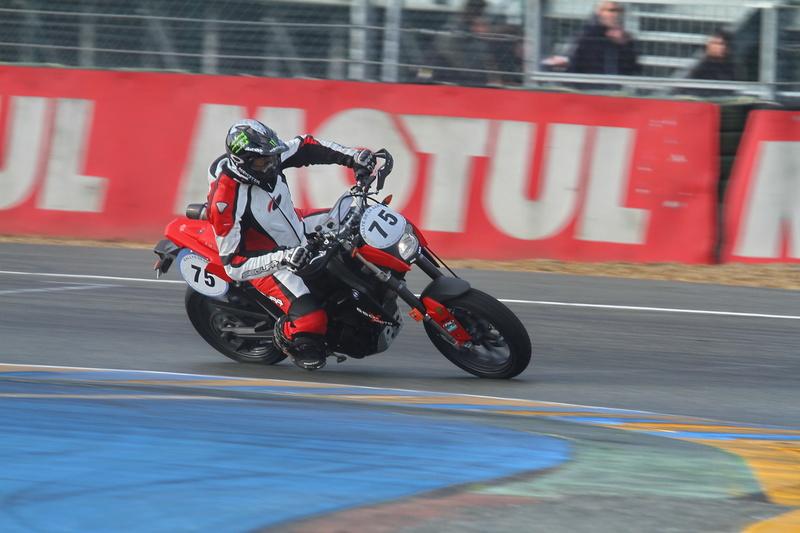 Vos plus belles photos de motos - Page 30 R_sart10