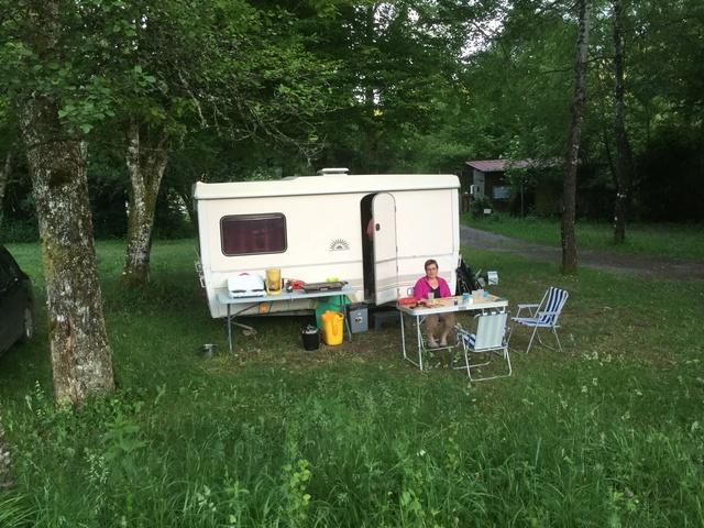 Camping dans le Jura 8be87110