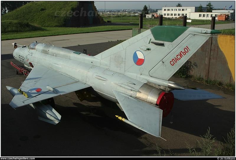 MiG-21 MFN (Eduard 1/48) Mig-2110