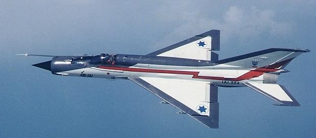MiG-21 MFN (Eduard 1/48) Mig21210