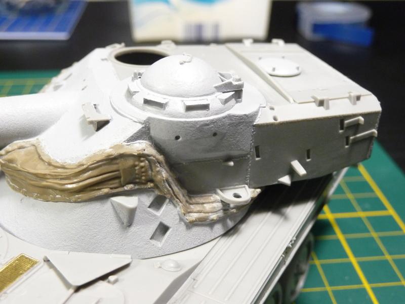 AMX-13/75 w/SS-11 ATGM 1/35 ( Takom 2038 ) *** Terminé en pg 4 P1230524