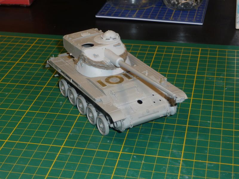 AMX-13/75 w/SS-11 ATGM 1/35 ( Takom 2038 ) *** Terminé en pg 4 P1230525