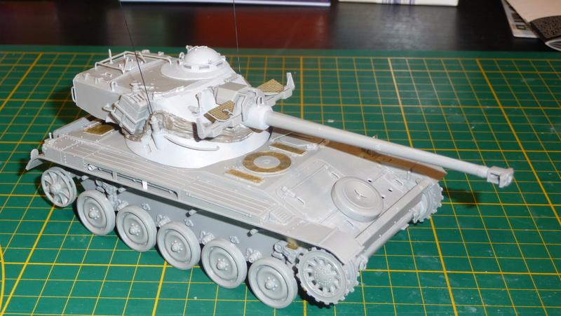 AMX-13/75 w/SS-11 ATGM 1/35 ( Takom 2038 ) *** Terminé en pg 4 P1230535