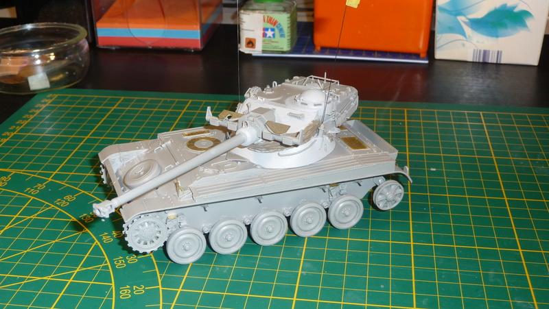 AMX-13/75 w/SS-11 ATGM 1/35 ( Takom 2038 ) *** Terminé en pg 4 P1230536