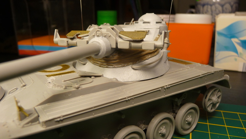 AMX-13/75 w/SS-11 ATGM 1/35 ( Takom 2038 ) *** Terminé en pg 4 P1230537