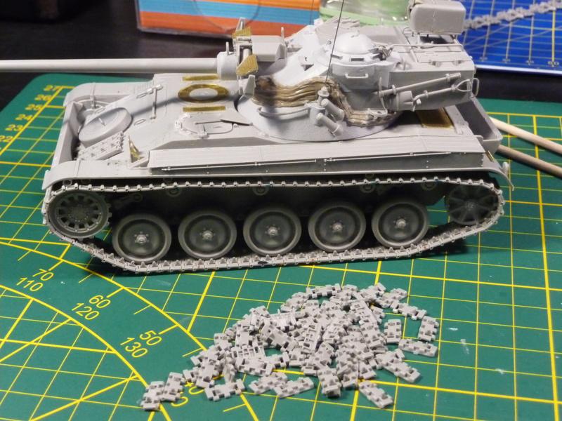 AMX-13/75 w/SS-11 ATGM 1/35 ( Takom 2038 ) *** Terminé en pg 4 P1230610
