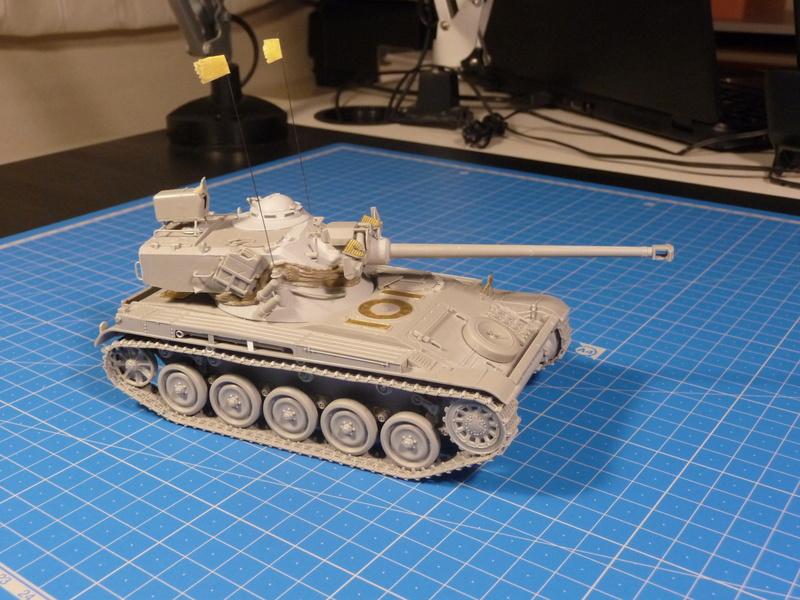 "mon deuxième montage:Sherman M4A3E8 ""Fury"" P1230620"