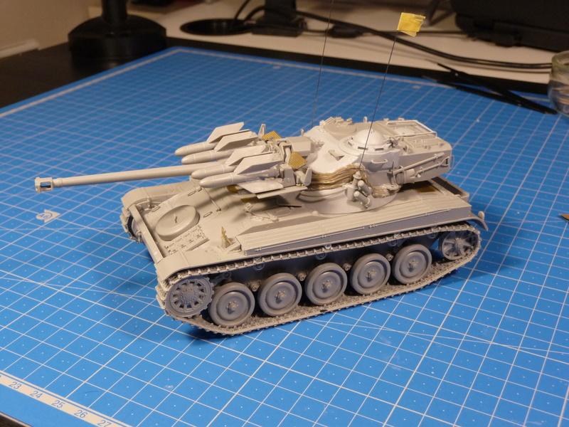 AMX-13/75 w/SS-11 ATGM (Takom 1/35) - Page 2 P1230713