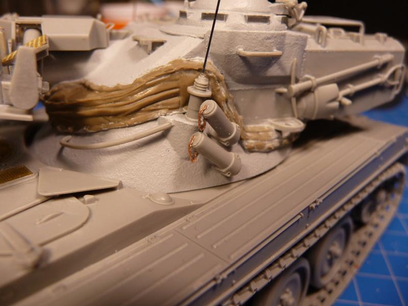 AMX-13/75 w/SS-11 ATGM (Takom 1/35) - Page 2 P1230725