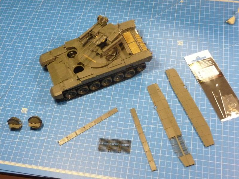 BMPT Terminator w/KMT-8 (Meng  1/35) P1240340