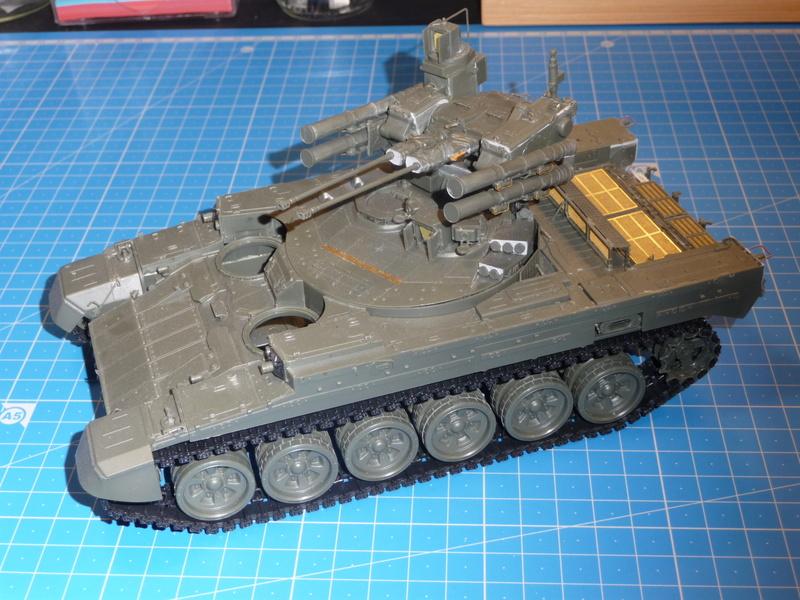 BMPT Terminator w/KMT-8 (Meng  1/35) P1240342