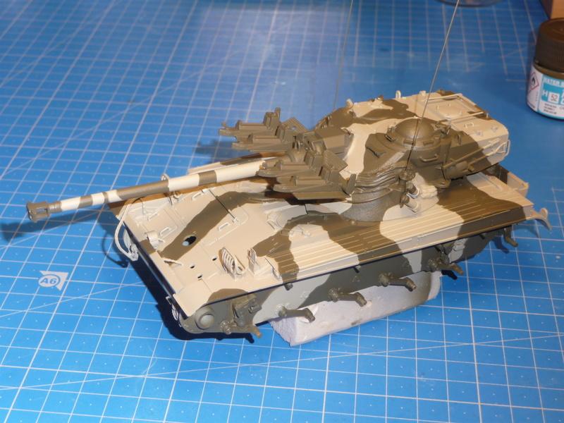 AMX-13/75 w/SS-11 ATGM (Takom 1/35) - Page 3 P1240713