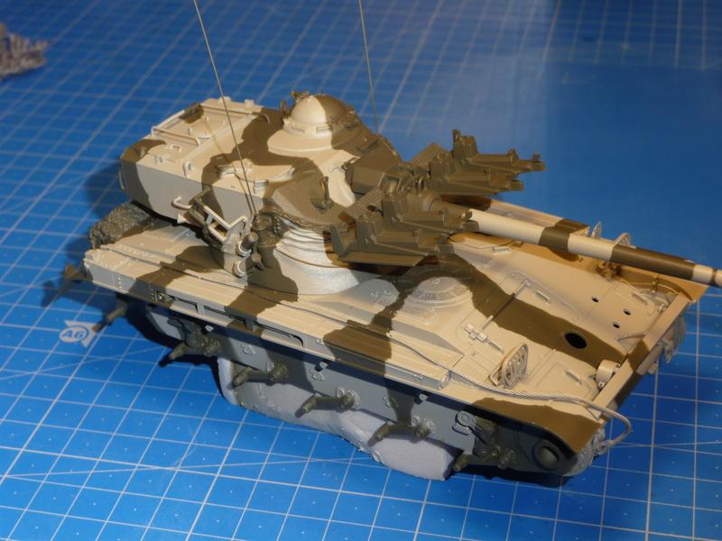 AMX-13/75 w/SS-11 ATGM (Takom 1/35) - Page 3 P1240716