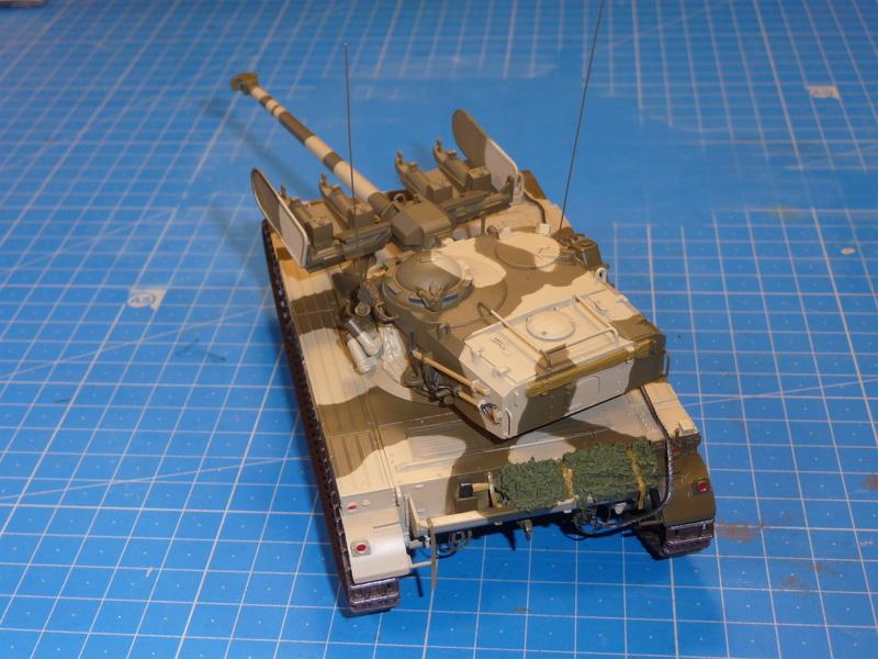 AMX-13/75 w/SS-11 ATGM (Takom 1/35) - Page 3 P1240922