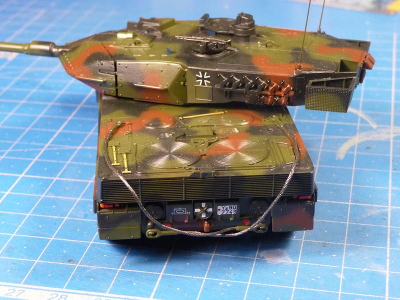 Leopard 2A6/A6M 1/72 ( Revell 03180 ) *** Terminé en pg 2 - Page 2 P1270113