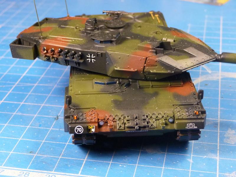 Leopard 2A6/A6M 1/72 ( Revell 03180 ) *** Terminé en pg 2 - Page 2 P1270114