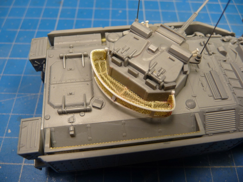 Warrior MCV with add-on armour 1/72 ( Revell 03144 ) *** Terminé en pg 2 P1270116