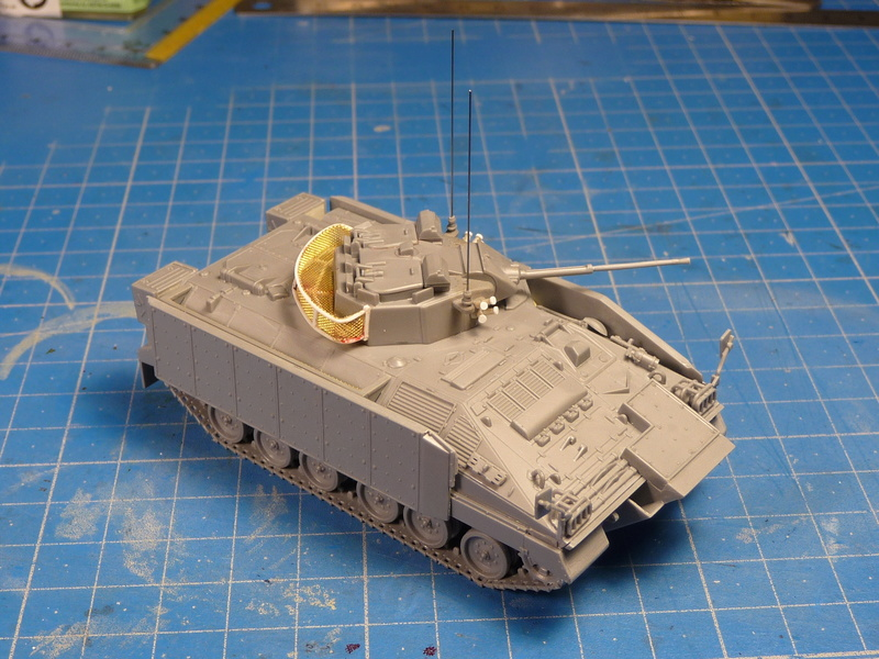 Warrior MCV with add-on armour 1/72 ( Revell 03144 ) *** Terminé en pg 2 P1270118